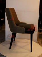 Различни дървени кресла за хотели