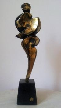 Авторска бронзова скулптура Равновесие